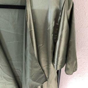 LuLaRoe Sweaters - Brand New Lularoe Shirley